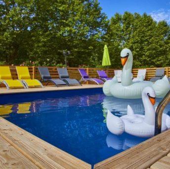 la binbinette : pool party le samedi