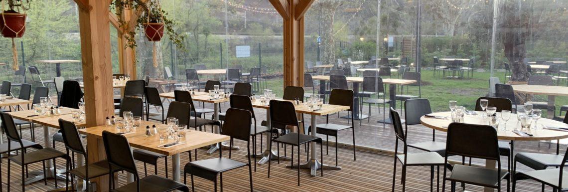 La guinguette - vue de l'intérieur du restaurant